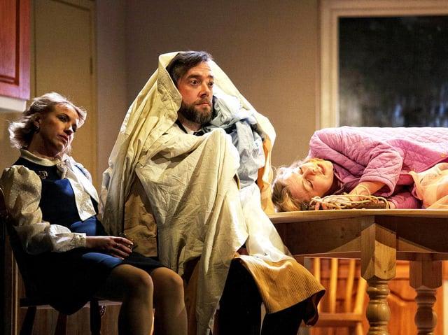 Rosanna Miles as Marion, Graham O'Mara as Ronald Brewster-Wright, Helen Keeley as Eva Jackson in Absurd Person Singular